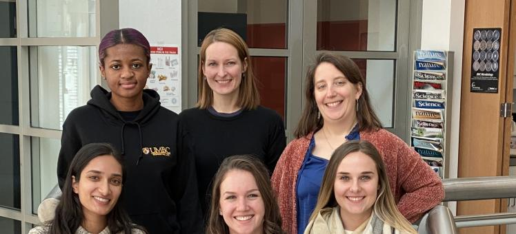 Colleen Burge with five members of her lab