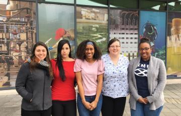 Women graduate students at IMET